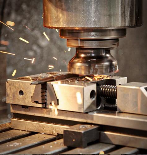 Obrábanie všetkých typov kovov na klasických frézach