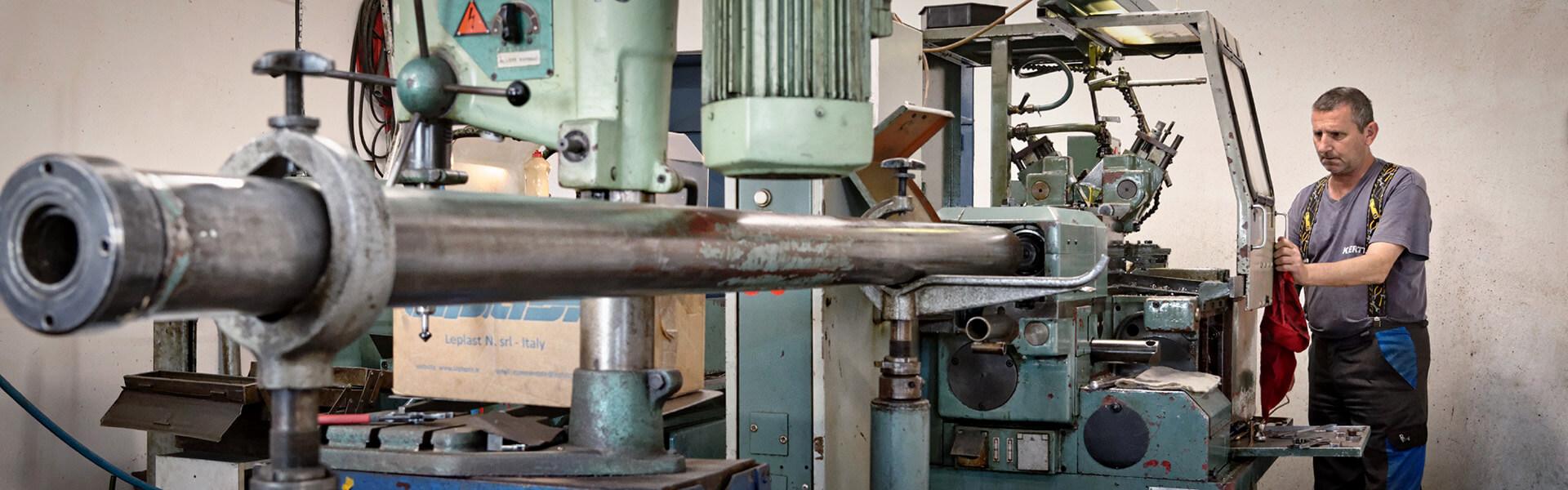 Veľkosériová výroba komponentov pre automobilový priemysel