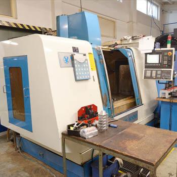 Obrábacie centrum EAGLE 1000 na CNC frézovanie